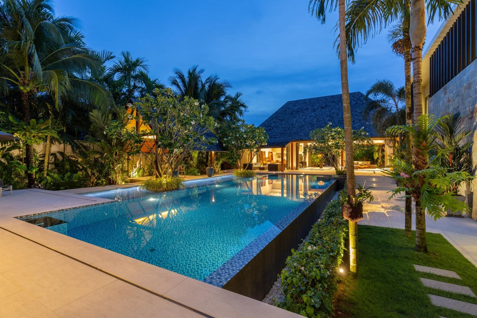 7 Bedroom Luxury Villa Residence for Sale, Layan
