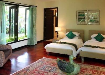 Large Luxury Villa Home For Sale Phuket Beachfront Bang Tao Thailand (32)-24if5et