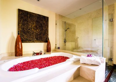 Large Luxury Villa Home For Sale Phuket Beachfront Bang Tao Thailand (35)