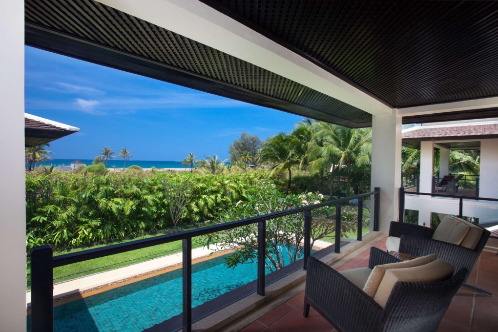 Sea View and Walk to the Beach, 6 Bed Pool Villa Layan