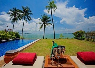 the-village-coconut-island-2l9pf5k