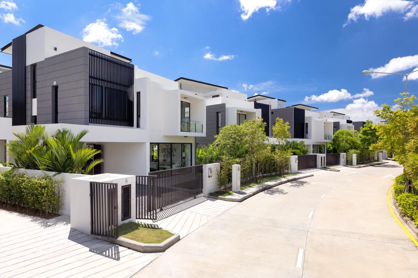 Modern Design 5 Bedroom Private Pool Villa in Laguna Phuket
