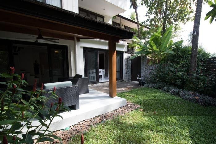 3-bed-apartment-beach-front-bang-tao-phuket-1