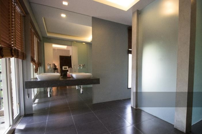 3-bed-apartment-beach-front-bang-tao-phuket-13