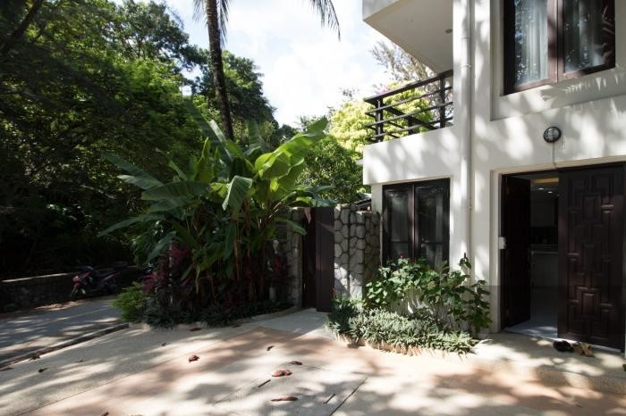 3-bed-apartment-beach-front-bang-tao-phuket-21