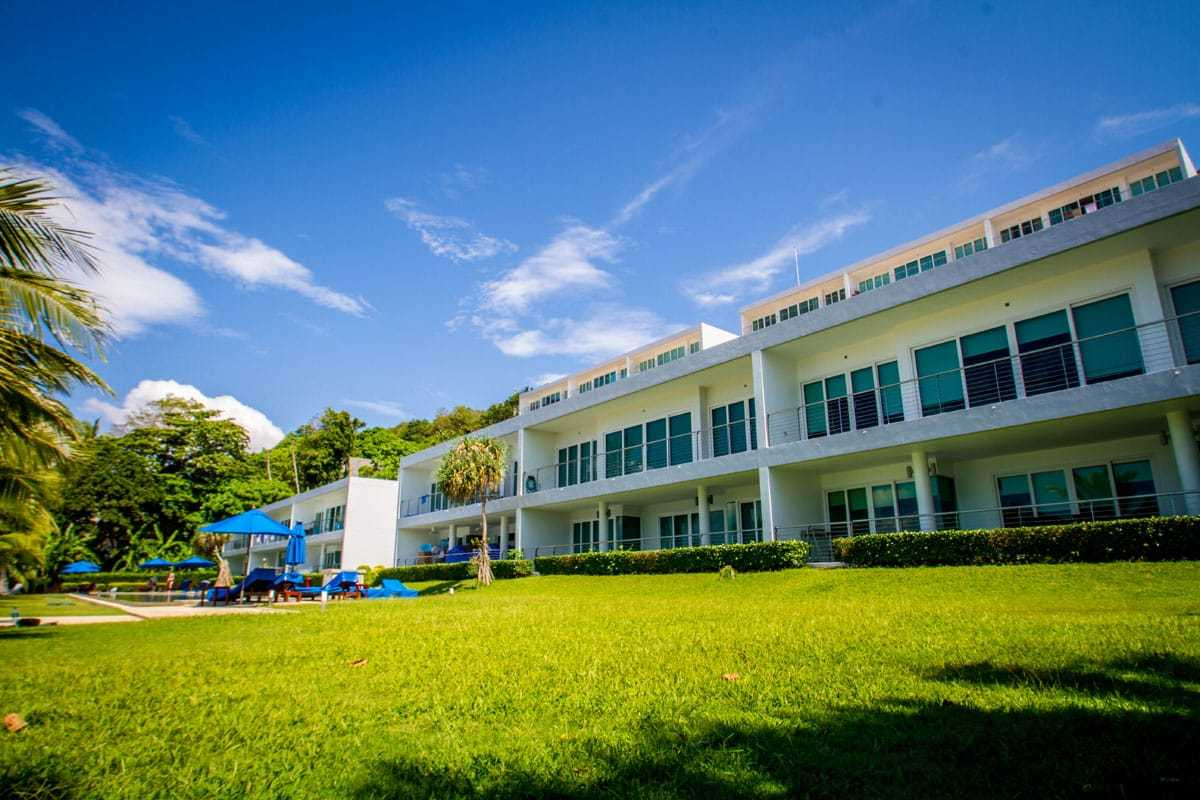 Beachfront-Freehold-Condo-3-Beds-For-Sale-Phuket-Asia360-20